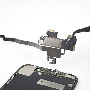iPhone XR Ear Speaker Replacement 10